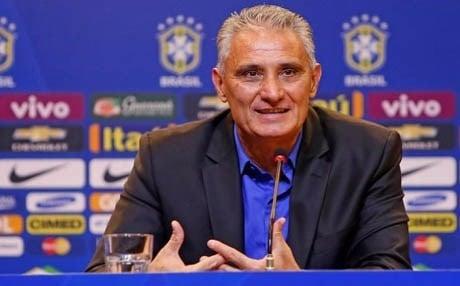 مدرب البرازيل يرفض الحديث عن مستقبله بعد وداع المونديال