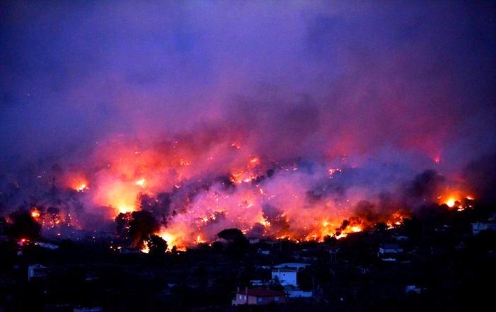 91 قتيلاً في حرائق اليونان