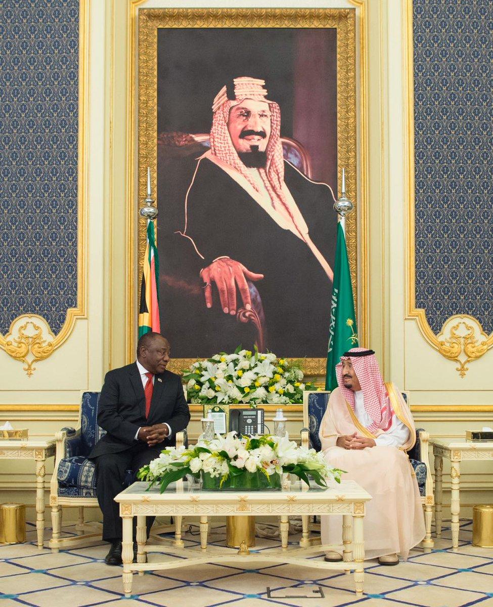 خادم الحرمين الشريفين يستقبل رئيس جمهورية جنوب أفريقيا