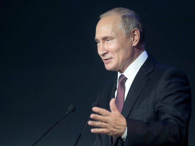 «بوتين» فخور بالفريق الروسي رغم وداع المونديال