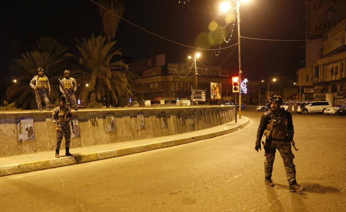 صورة من العراق.. لا أحد في الشارع بأمر السلطات