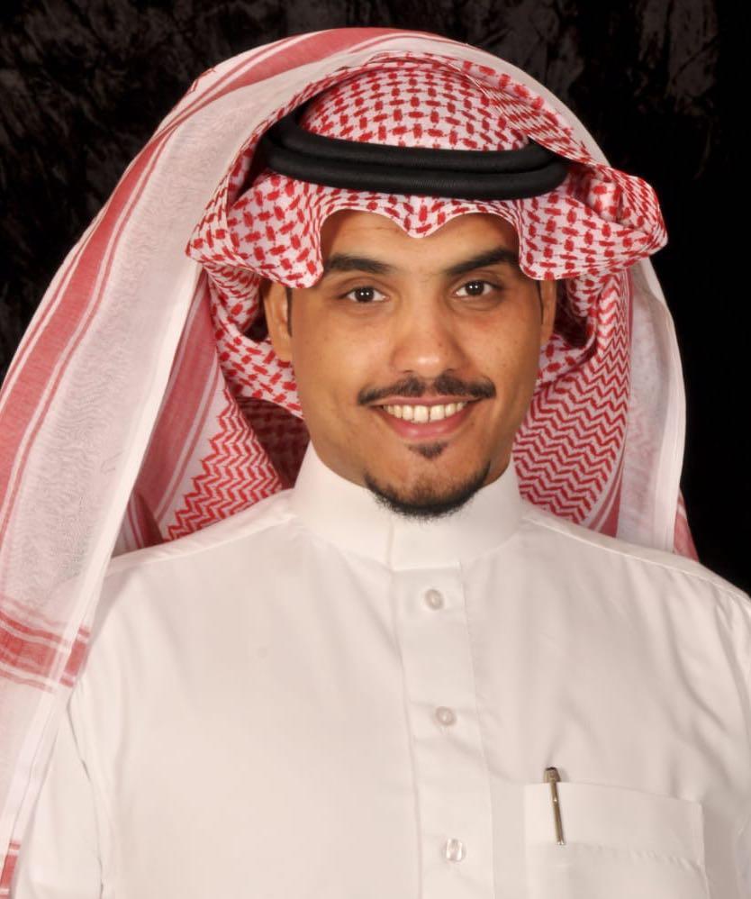 أحمد بن عبدالكريم يحصل على درجة البكالوريوس