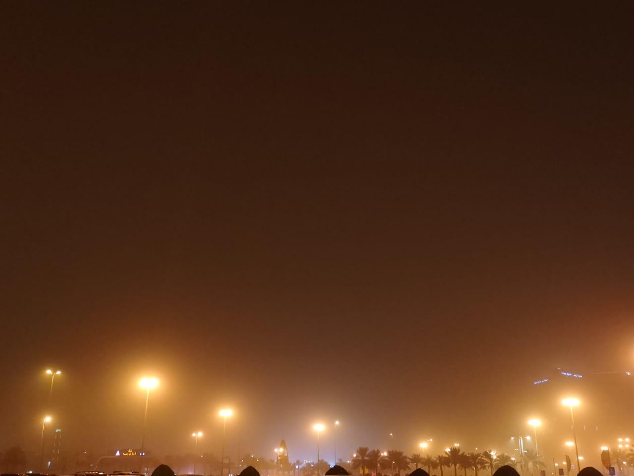 موجة الغبار تصل الرياض