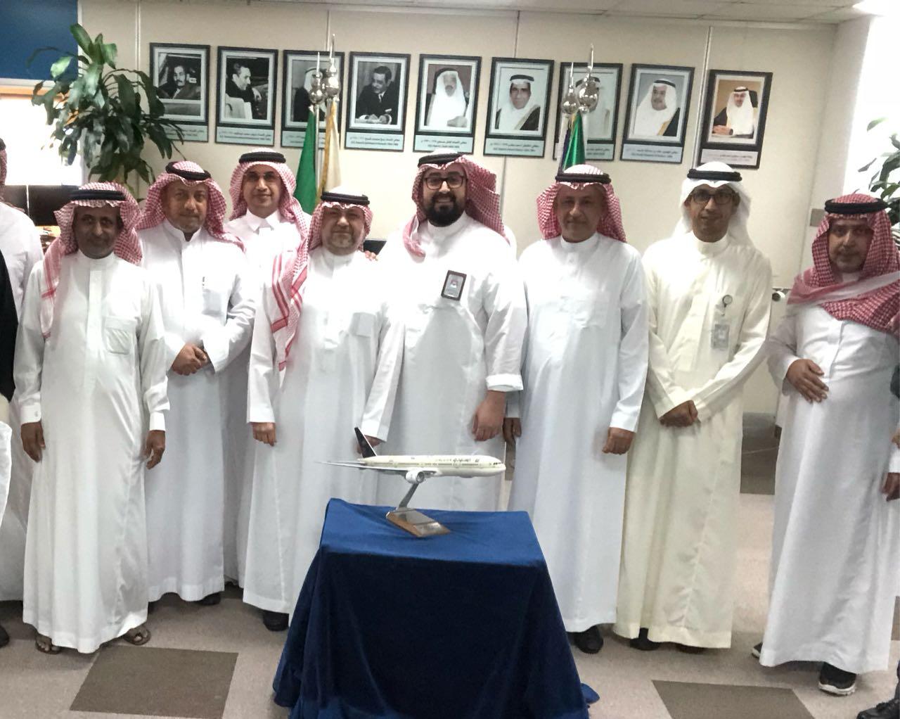 الخطوط السعودية تكرم متحدثها الرسمي وتستقبل الجديد
