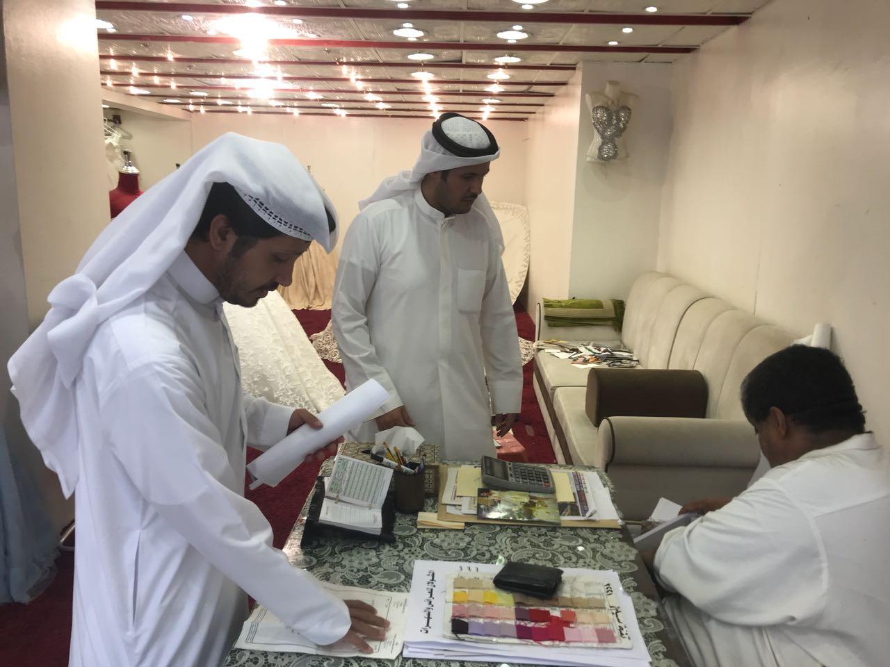 """عمل الرياض يُحرر """"265"""" مخالفة وينذر """"138"""" منشأة"""