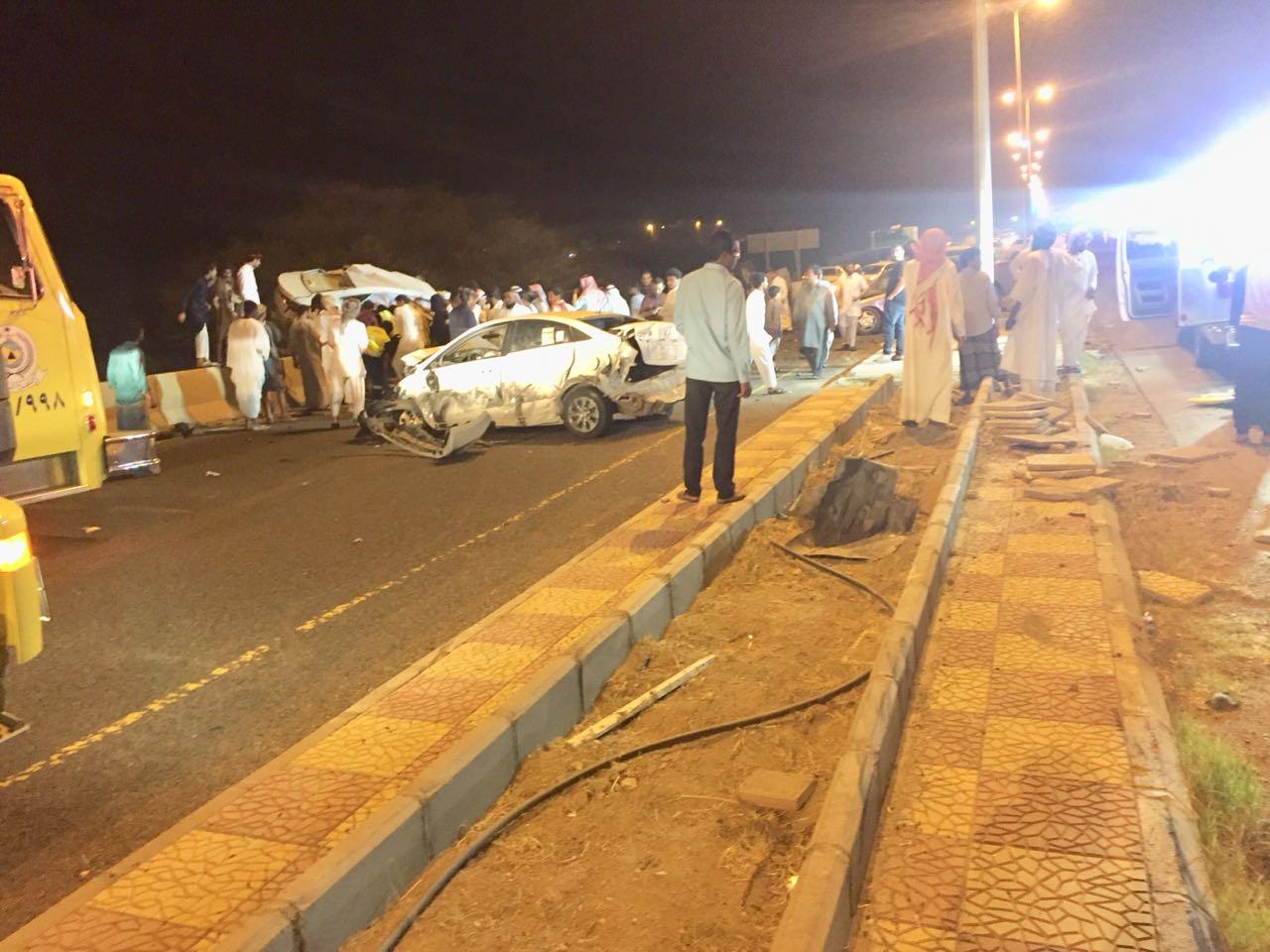 مصرع وإصابة ٩ في حادث تصادم ٤ سيارات في حرجة عسير