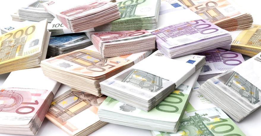 اليورو يتجه لأكبر مكسب أسبوعي