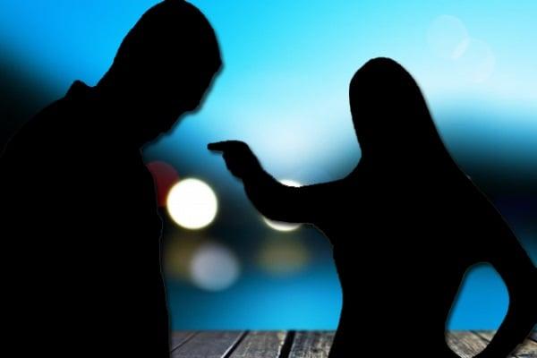 طريقة سهلة لكشف خيانة الرجل بدون مراقبة هاتفه