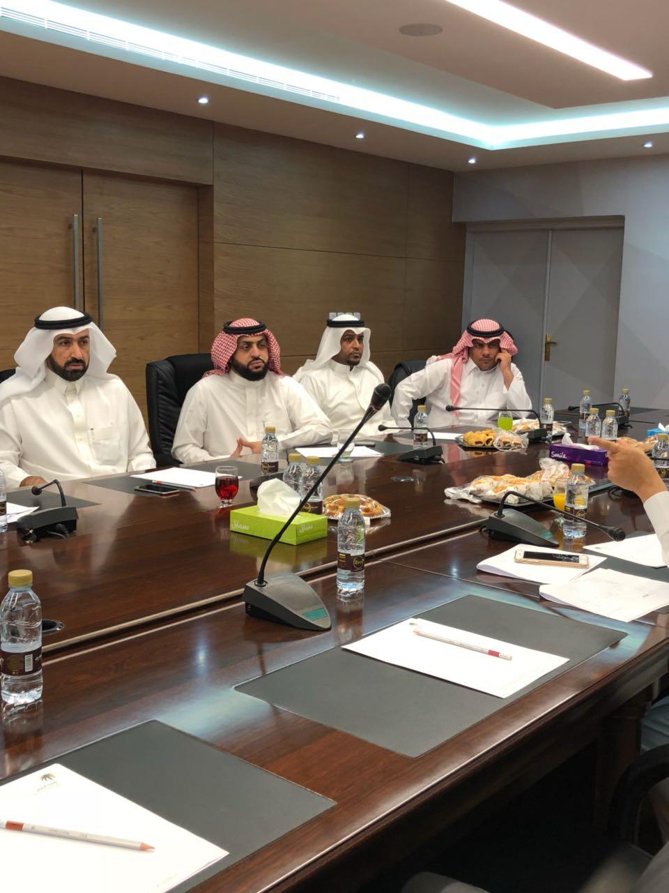 عمل الرياض يستعرض آليات ومشاكل برنامج حماية الأجور