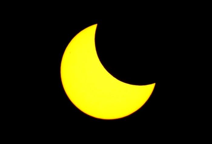 فلكية جدة: كسوف جزئي للشمس غير مشاهد بالسعودية
