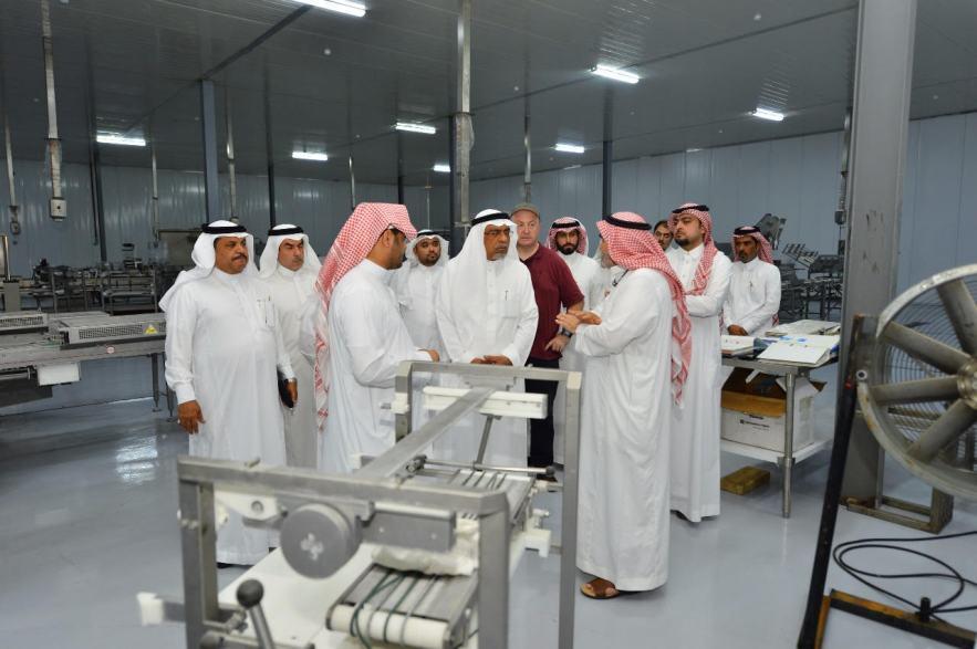 شاهد: أول مصنع لإعاشة ضيوف الرحمن في الحج