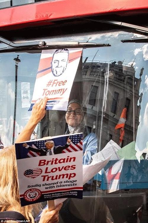 تعرض سيدة محجبة للتحرش في بريطانيا