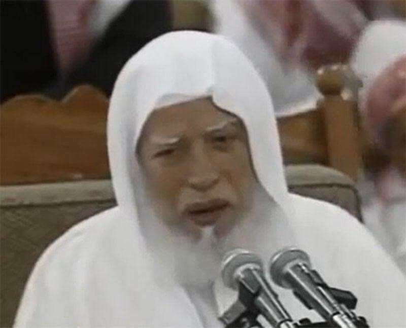 """""""المغامسي"""" ناعيا الشيخ """"الجزائري"""": كان قريبا من العامة.. محبا لولاة الأمر"""