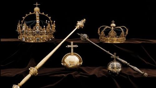 لصوص يسرقون مجوهرات التاج الملكي السويدي