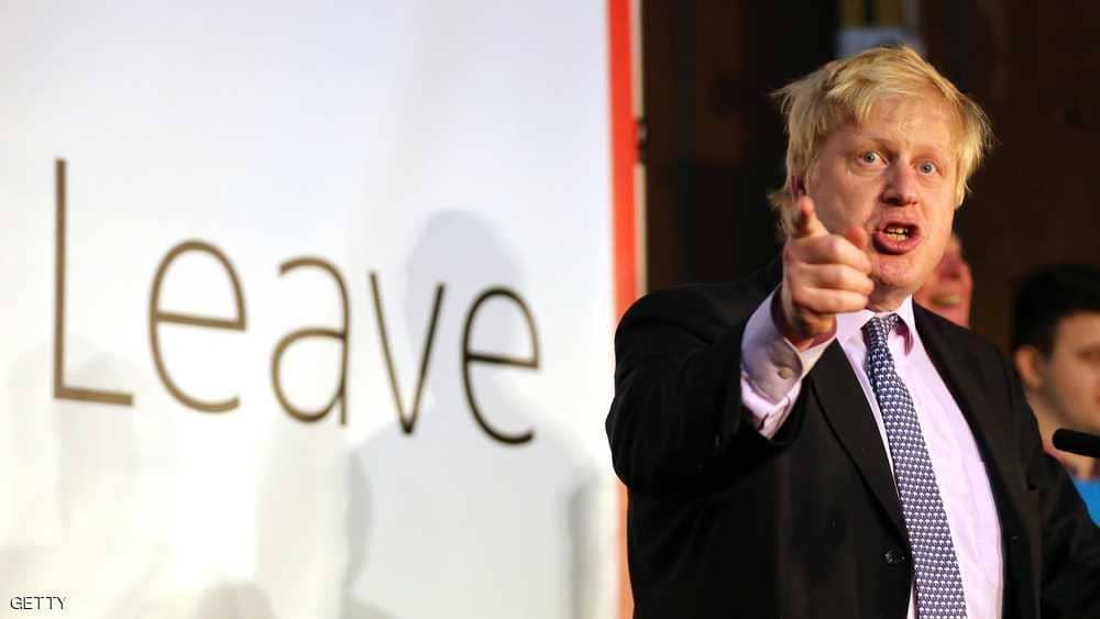 """وزير خارجية بريطانيا السابق يسخر من """"المنتقبات"""" ومسؤولون يطالبونه بالاعتذار"""