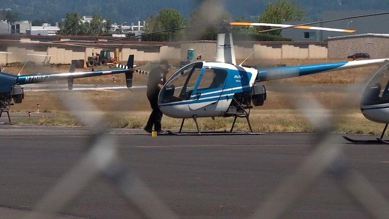 موظف يسرق طائرة ويحطمها بجزيرة أمريكية
