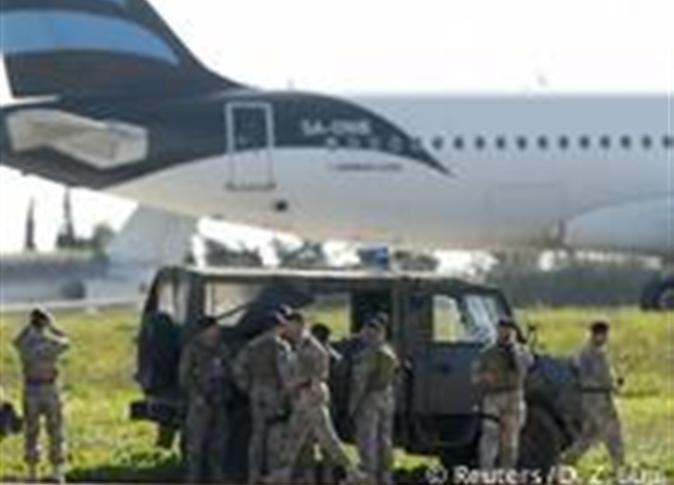 تسليم المتهم بخطف الطائرة المصرية بقبرص للقاهرة