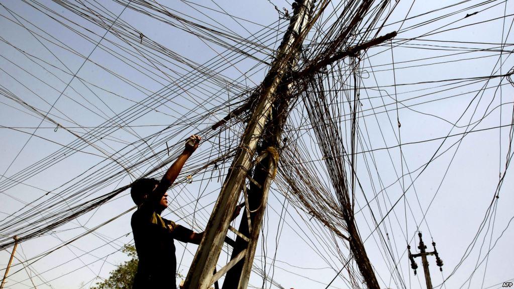 العراق.. عمل تخريبي يستهدف خطوط توزيع الكهرباء شمالي البلاد