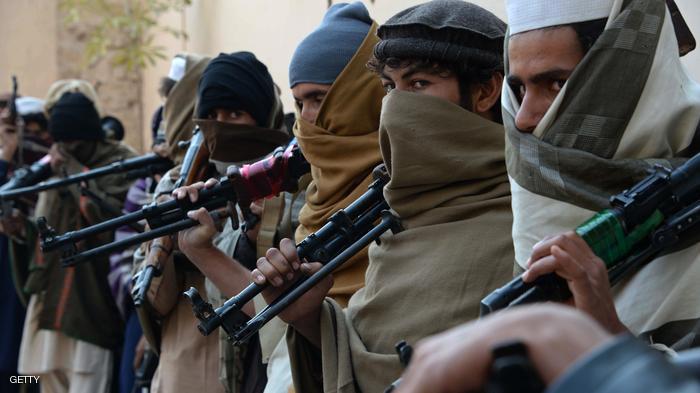 باكستان: مسلحون يحرقون 12 مدرسة شمال البلاد