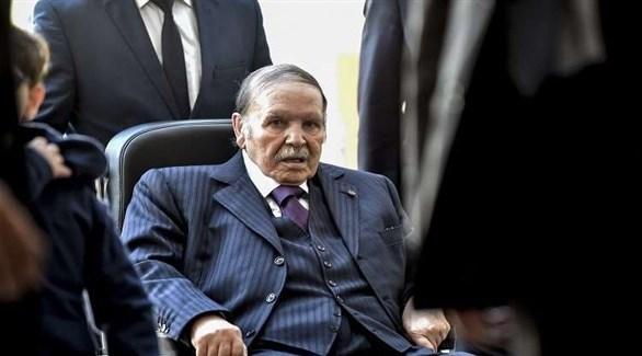 الرئيس الجزائري يقيل مدير الأمن العسكري وضباطاً كباراً