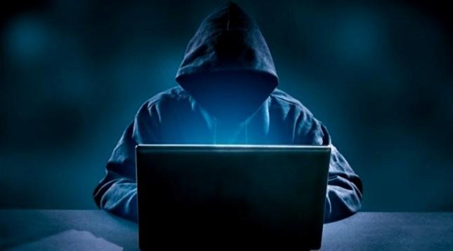 سرقة بيانات أكثر من 100 شركة أمريكية