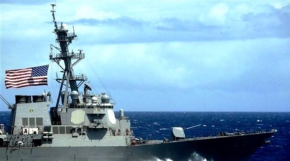 البحرية الأمريكية تضبط مئات الأسلحة في قارب بخليج عدن