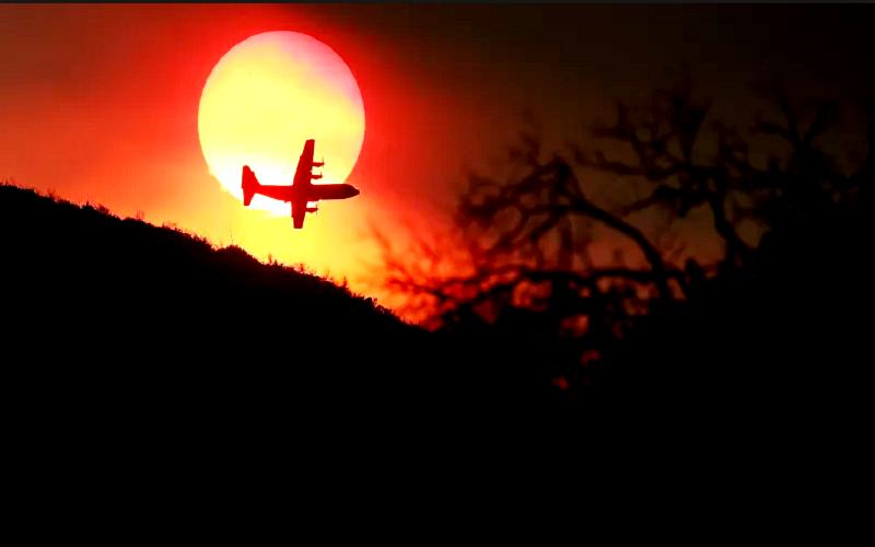 شاهد: كاليفورنيا تكافح أكبر حريق في تاريخها