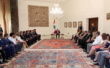 """ميشال عون يؤكد التزام لبنان بـ""""النأي بالنفس"""" عن الصراعات العربية – العربية"""