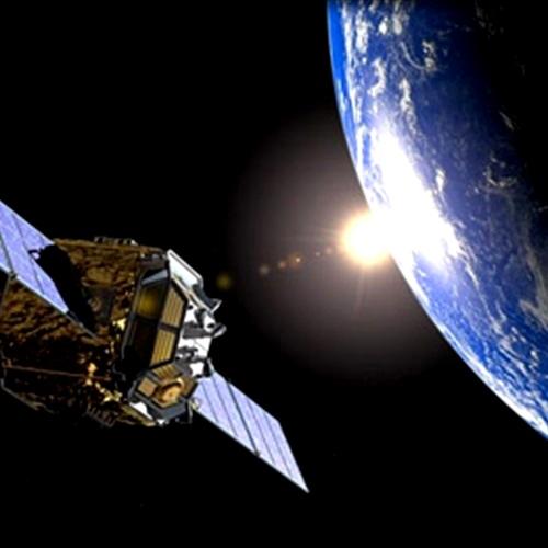 «خليفة سات» الإماراتي يعانق الفضاء 29 أكتوبر