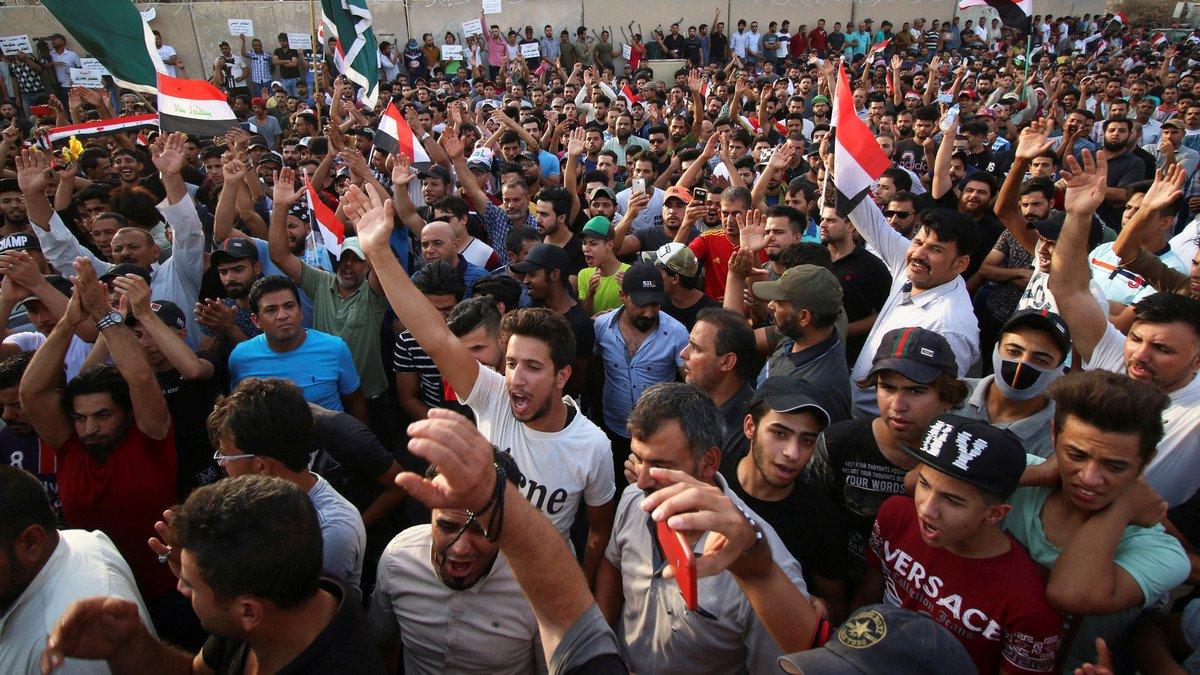 قطع الجسور والطرق بتظاهرات في البصرة