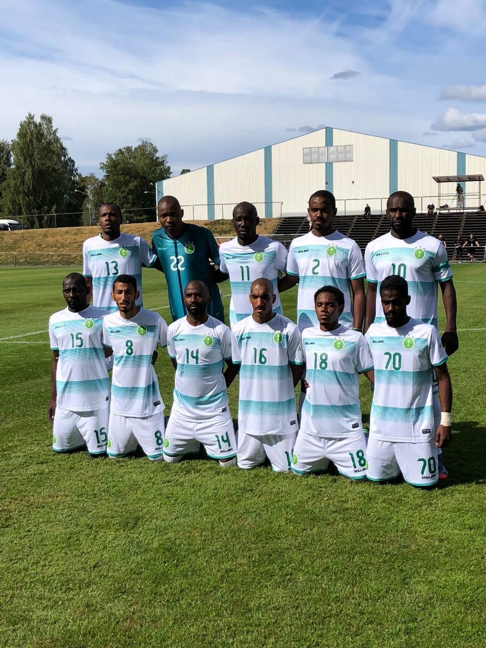 المنتخب السعودي يتصدر مجموعته و يجهز لنصف النهائي