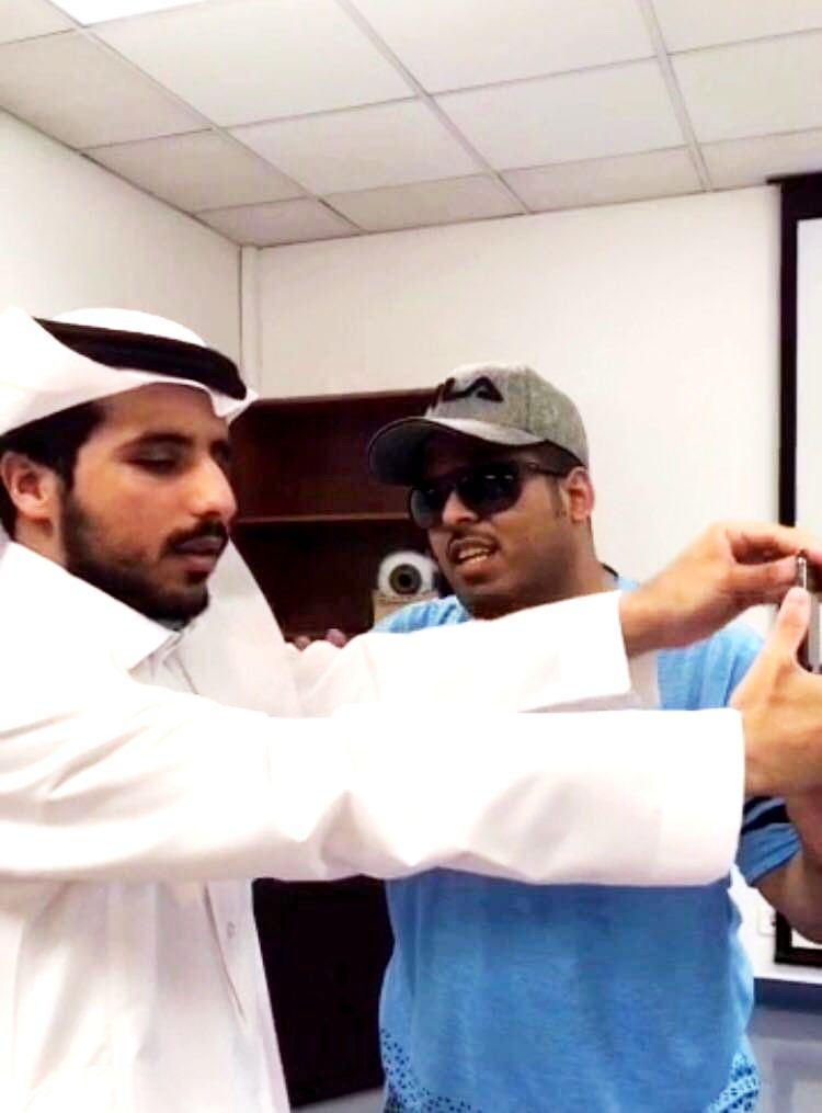 بالصور: برامج تدريبية للمكفوفين وضعاف البصر بتخصصي العيون