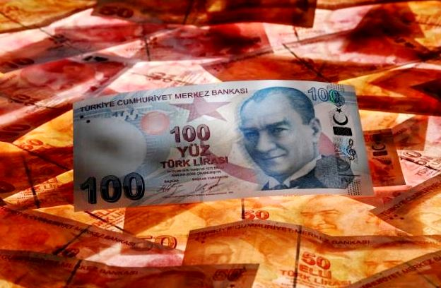 هبوط جديد لـ«الليرة التركية» بسبب الخلاف المرير