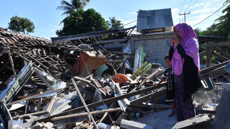 387 قتيلاً في زلزال لومبوك الاندونيسية