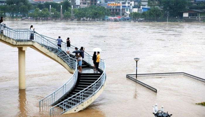 مصرع 20 شخصًا في فيضانات الصين