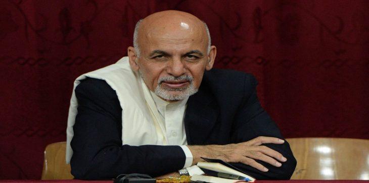 الرئيس الأفغاني يرفض استقالة أكبر ثلاثة مسؤولين عن الأمن