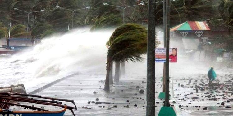 الإعصار شانشان يوقع إصابات في اليابان
