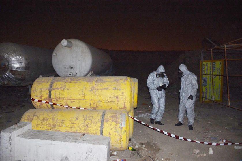 بالصور: تسرب غاز الكلور يصيب «11» شخصاً في جدة