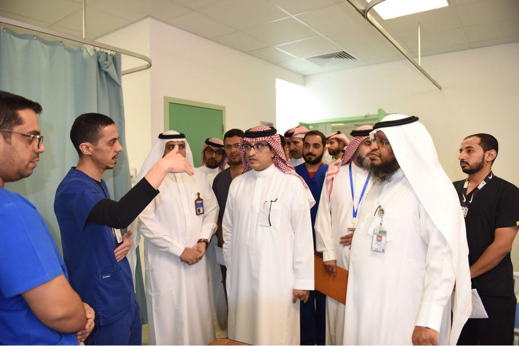 مدير عام الشؤون الصحية يرصد عدد من الملاحظات في قسم الطوارئ بمستشفى عسير المركزي