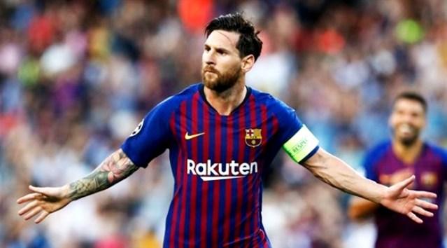 ميسي يتحكم في مصيره ويستطيع فسخ العقد مع برشلونة