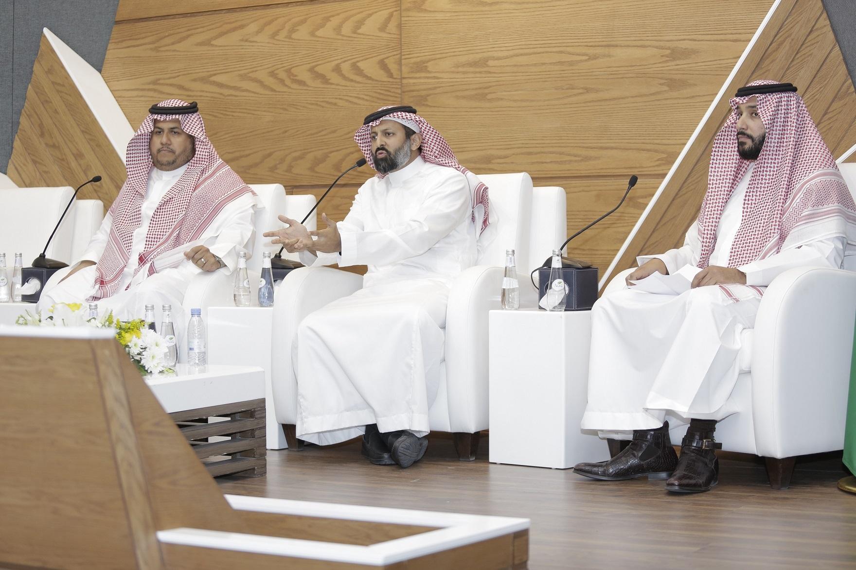 القويز: السوق السعودية قادرة على اجتذاب المستثمرين الأجانب