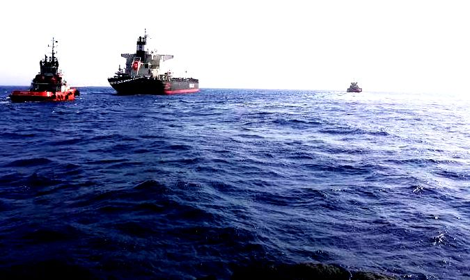 ينبع: سحب سفينة بحمولة 66 ألف طن تعرضت لحادث بحري