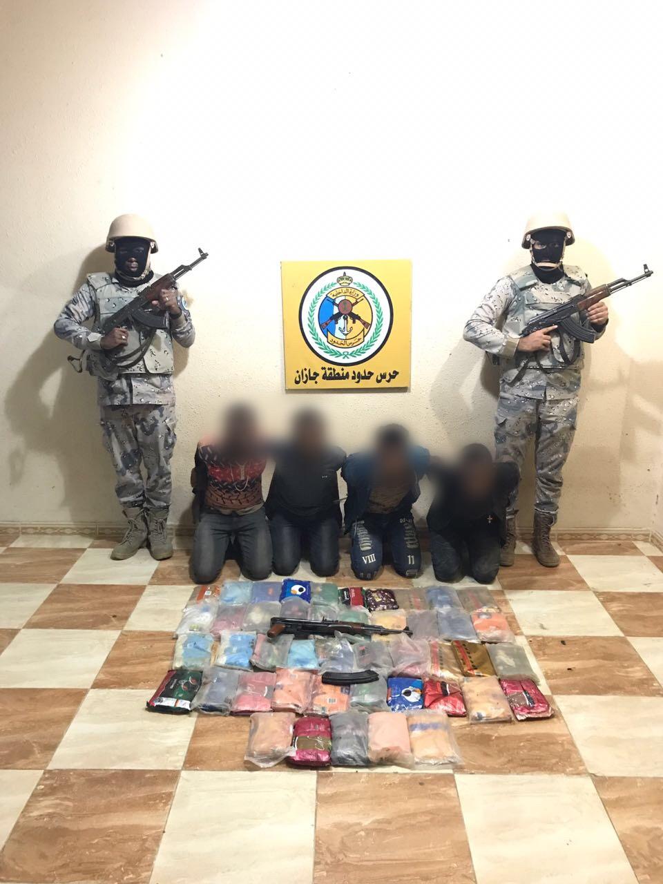 """رجال """"حرس الحدود"""" يحبطون محاولات لتهريب طن من الحشيش المخدر"""