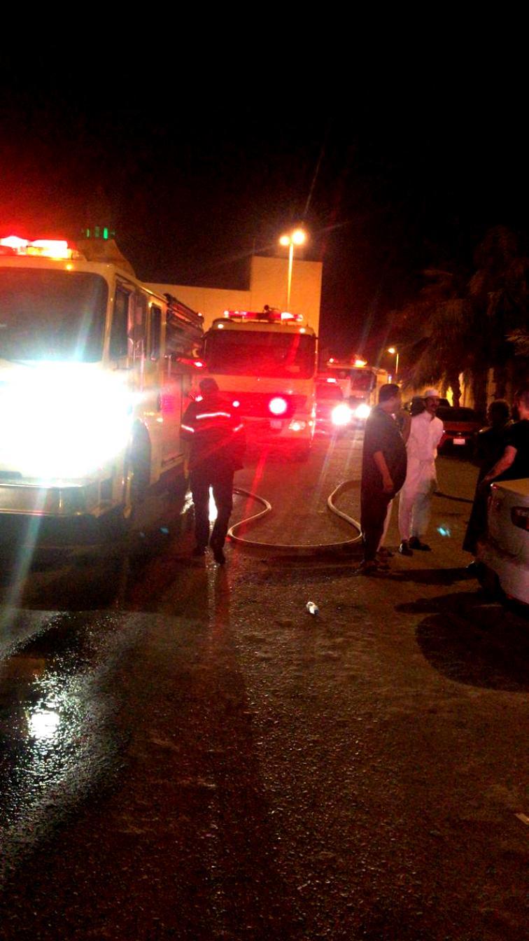 شاهد: إصابة «10» أشخاص بحريق الفيلا السكنية بجدة