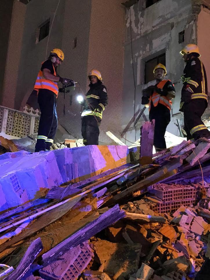 شاهد: انهيار منزل يعّلق الدراسة بهنداويه جدة
