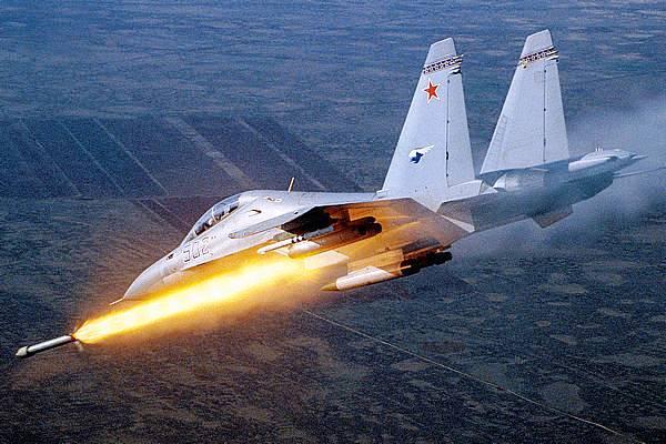 المقاتلات الروسية تضرب محافظة إدلب