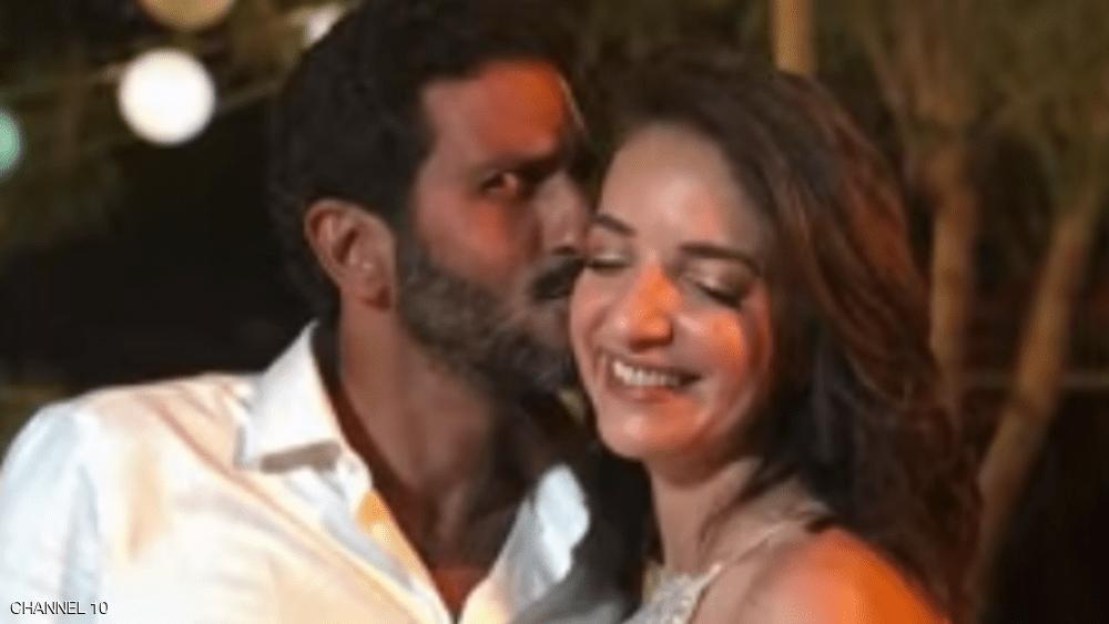 """زواج ممثل إسرائيلي من مذيعة عربية يشعل """"نيران الغضب"""""""
