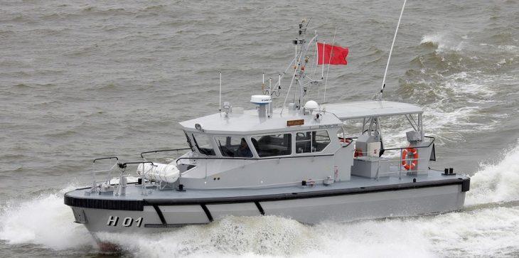 """البحرية المغربية تكشف تفاصيل مطاردتها زورق مهاجرين """"مشبوه"""""""