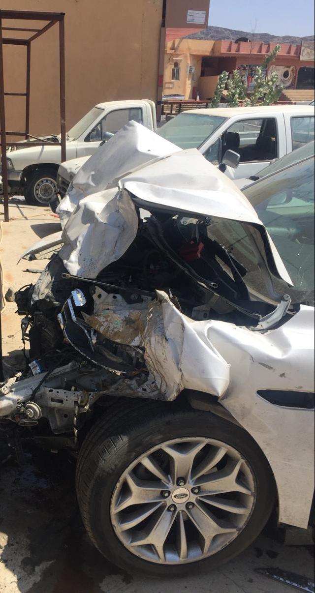 بالصور.. إصابة اثنين في حادث تصادم بمركز نخال.. ودهس طالب بمعشوقة بالباحة