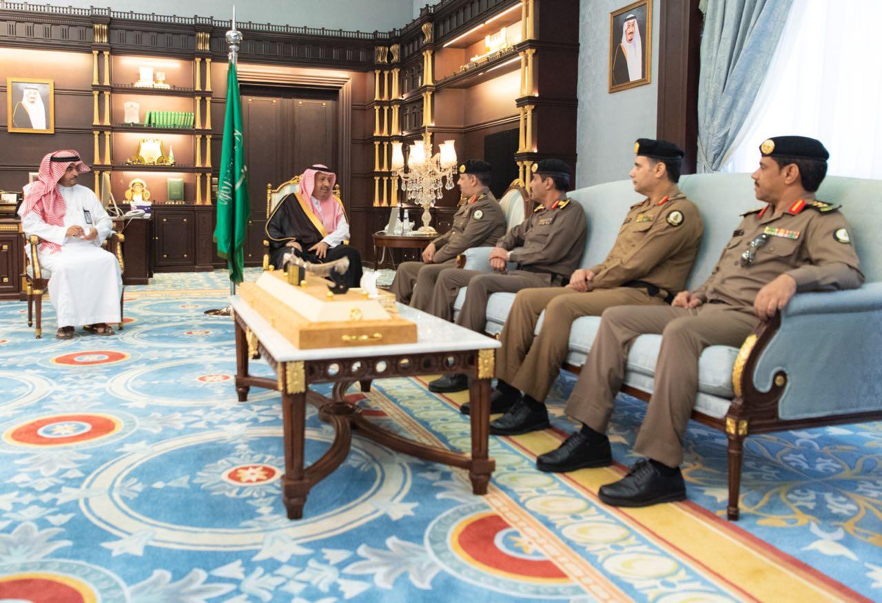 أمير منطقة الباحة يستقبل مدير عام السجون بالمملكة